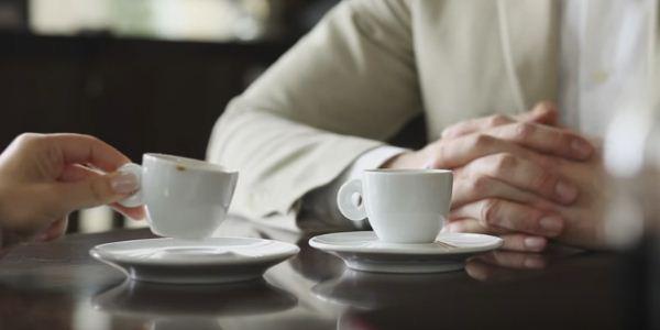 переговоры за чашечкой чая